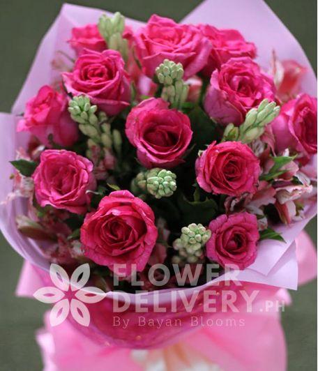1 Dozen Pink Roses with Alstro (Round Bouquet)