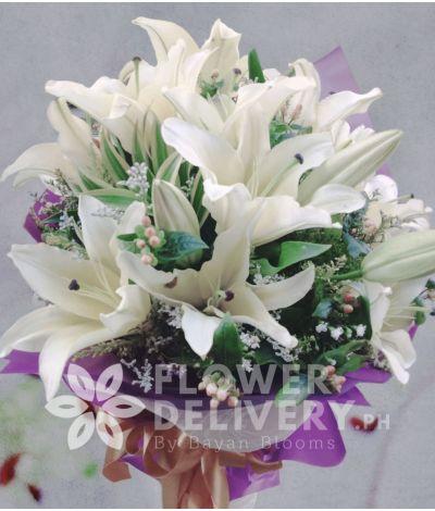 1 dozen white lilies