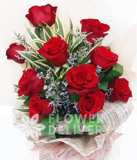 10 pcs. Ecuadorian Red Roses