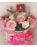 1 Dozen Pink and White Ecuadorian Roses
