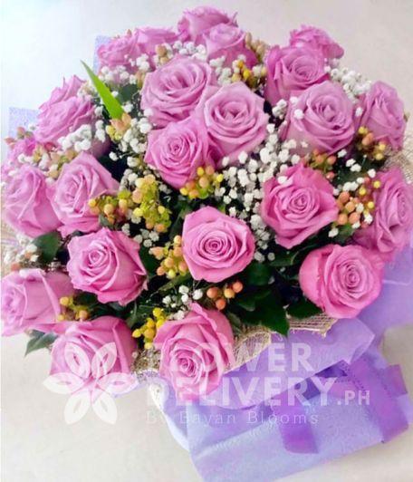 2 Dozen Ecuadorian Lavender Roses