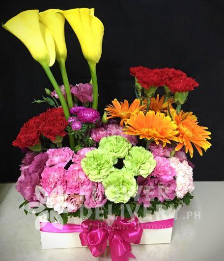 Horizontal Mixed Flowers