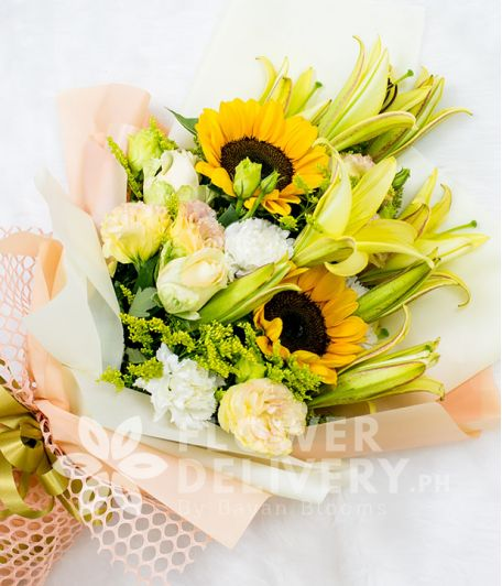 Elegant Bouquet of Sunflowers and Lilies