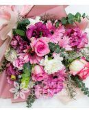 Elegant Mix Bouquet of Imported Roses