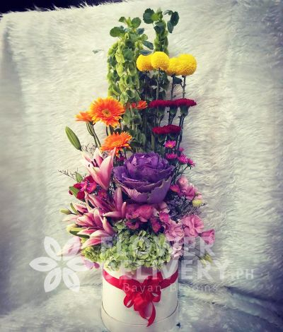 Vertical Mixed Colorful Flowers